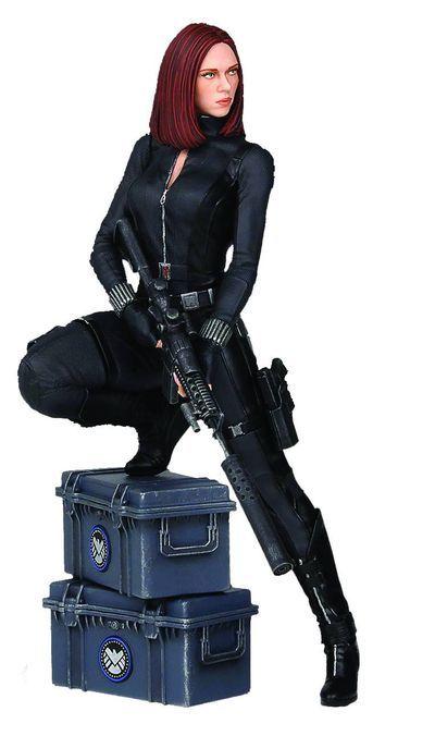 Comic Book Stuff: Capt America Winter Soldier Black Widow 9in Statue