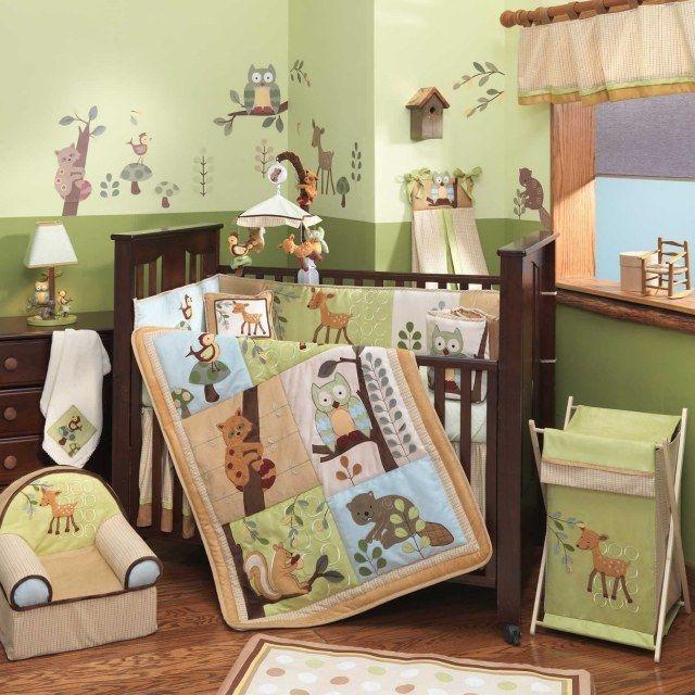 dcoration chambre bb avec des animaux linge de lit et couverture