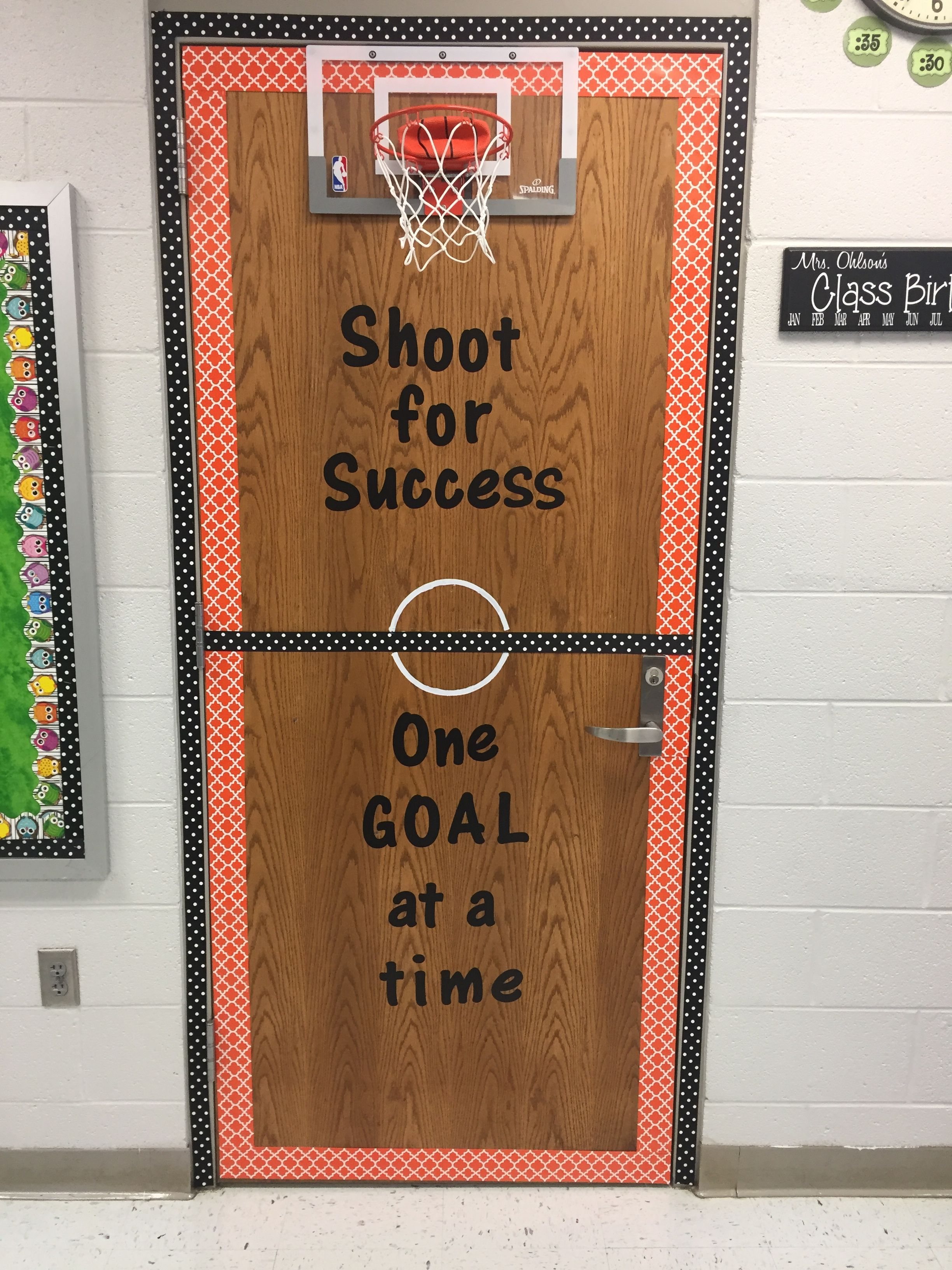 Superieur I Decorated My Closet Door In My Classroom With A Mini Basketball Goal. I  Will Use This For Math And Review Games!