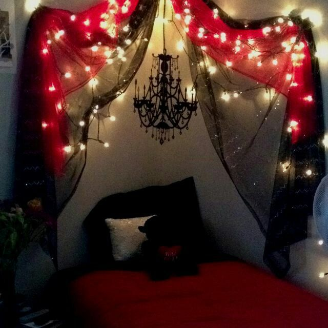Purple Bedroom Lighting Espresso Bedroom Sets Bedroom Door Curtain Ideas Diy Bedroom Curtain Ideas: Gothic Halloween Decor Ideas, Diy Goth Room Decor, Goth