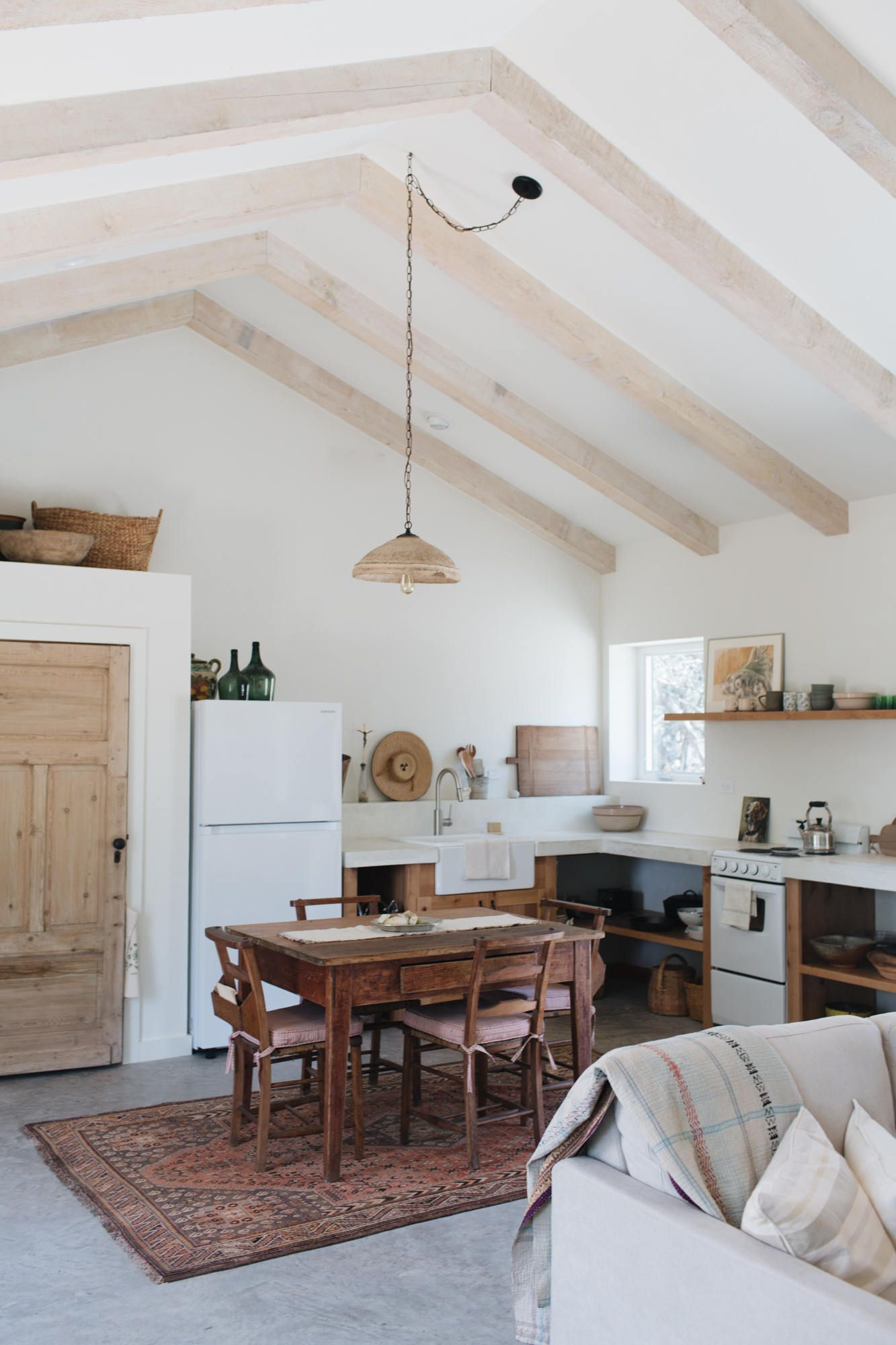Photo of Best Amateur Kitchen: Hunt Sunday House by Kate Zimmerman Turpin – Remodelista