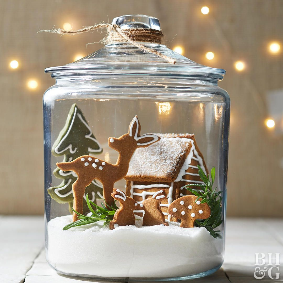 4 Clever Ways to Turn Gingerbread Cookies into a Woodland Wonderland #gingerbreadhouseideas