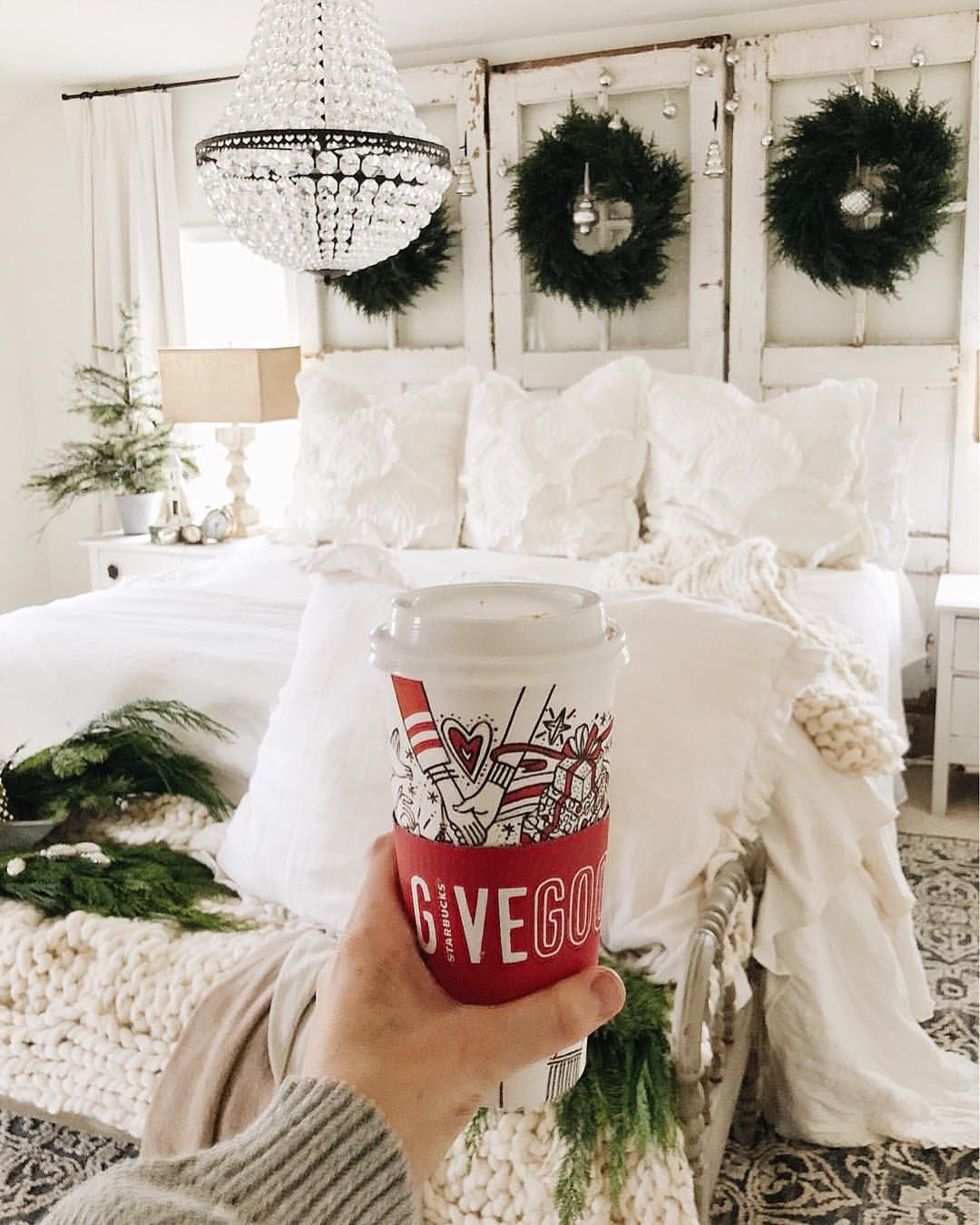 Pin by Nicole Markos on Home for the Holidays   Pinterest   House ...