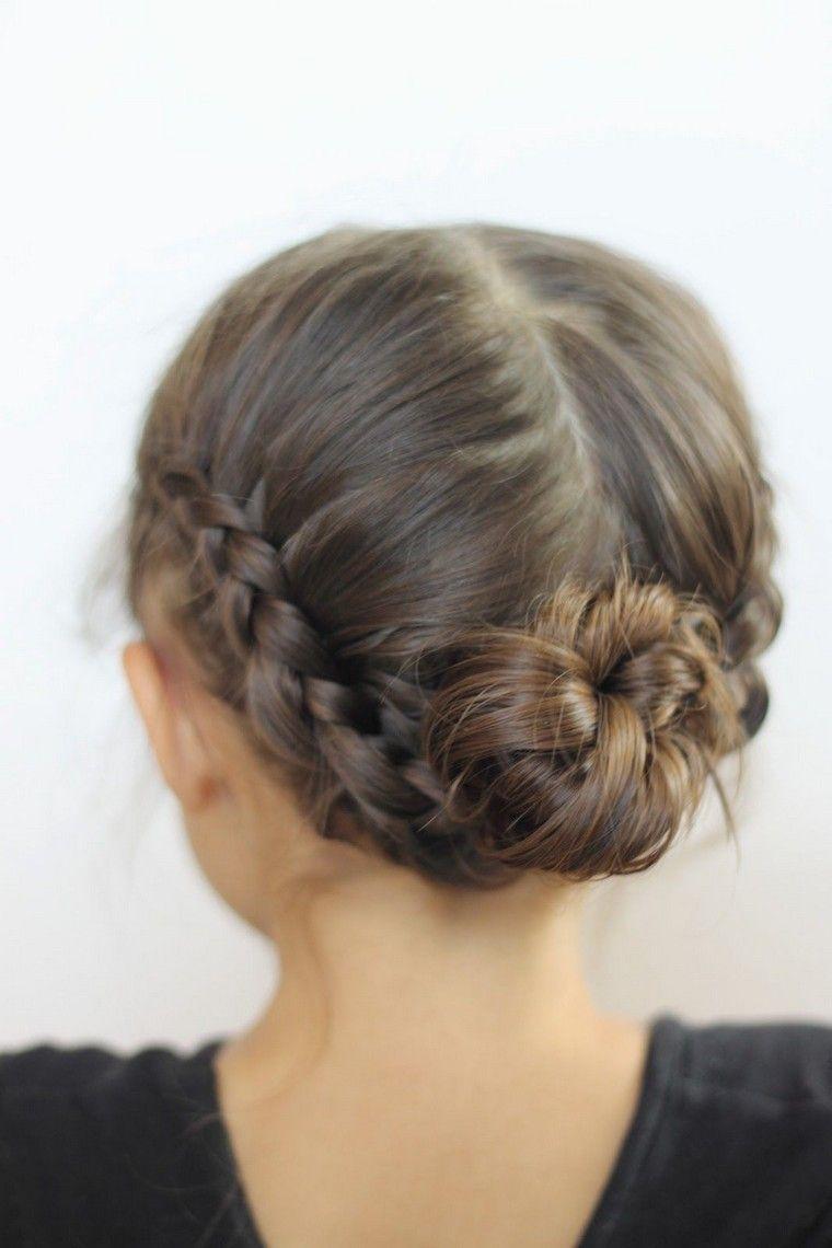 coiffure pour petite fille chignon idée tresse Coiffures