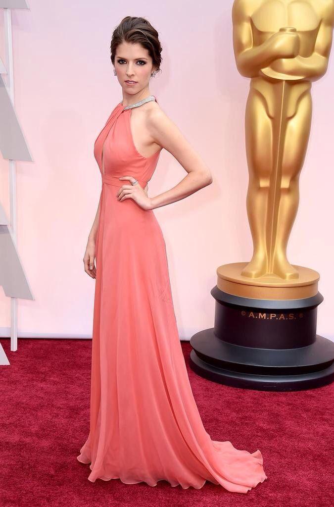 La cenicienta Anna Kendrick, una de las más madrugadoras #Oscars2015 ...