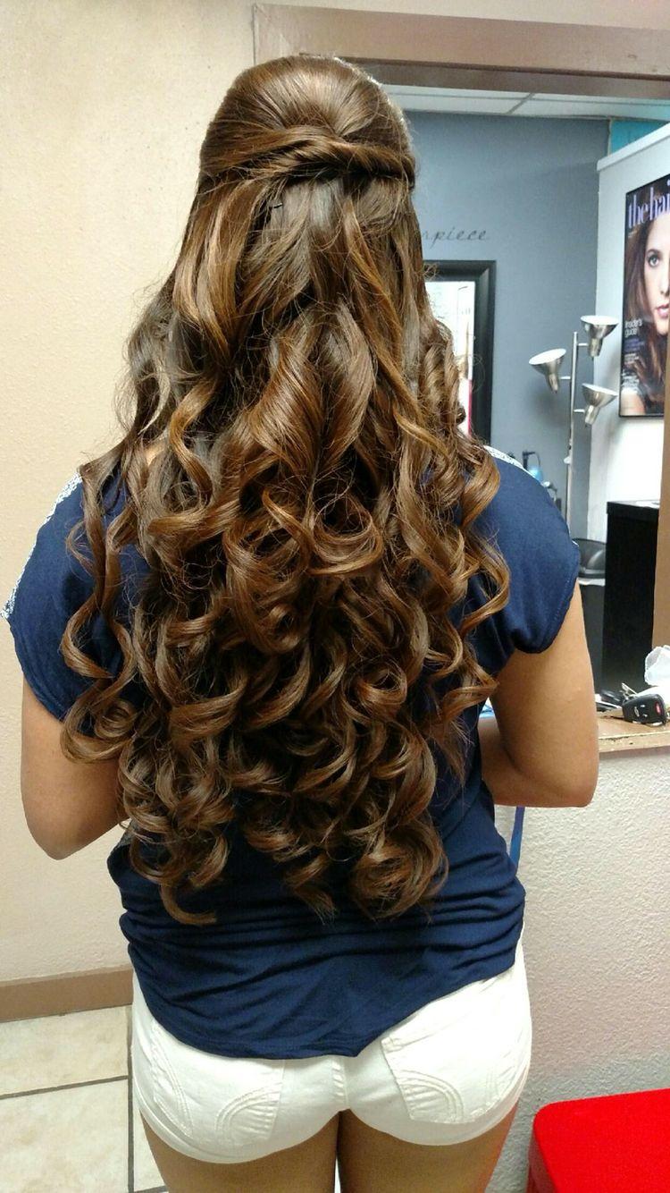 Great Half Up Half Down Curls Sweet 16 Hairstyles Hair Styles Cool Hairstyles