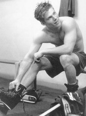 chris carmack when he was an abercrombie amp fitch model just keep