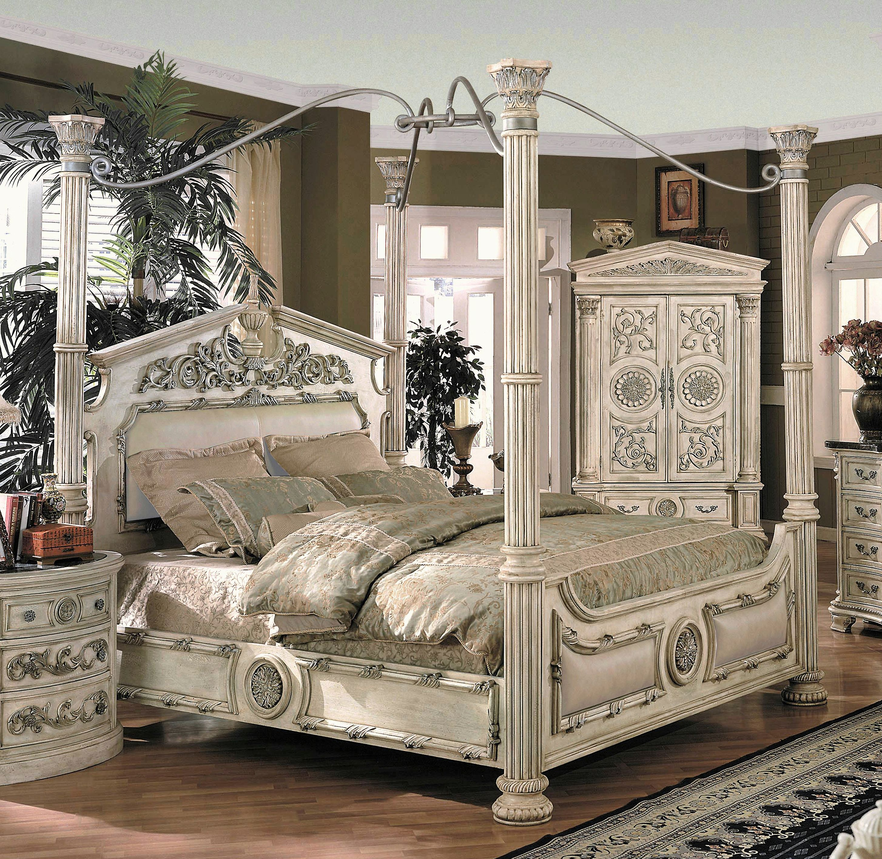 """I think this qualifies as a bed fit for a """"Queen""""."""