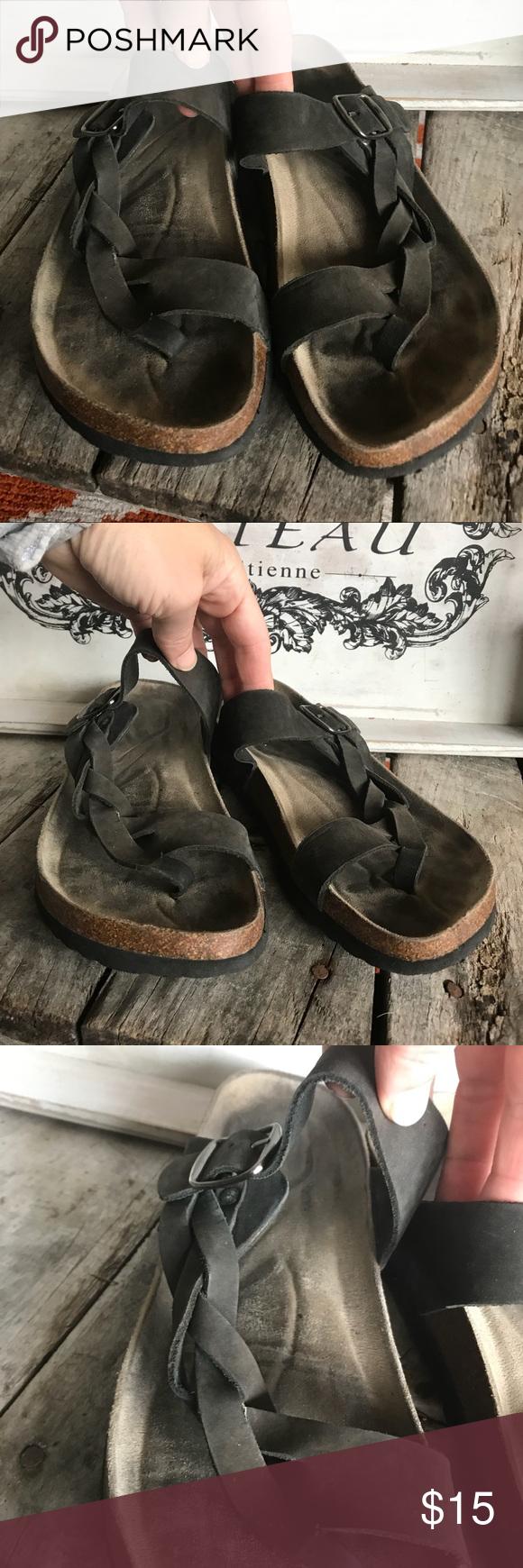 ⭐️White mountain Crawford sandal. Pre