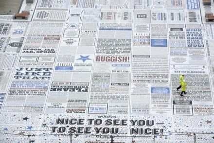 トライアル「Comedy Carpet」(CL. Blackpool Council)