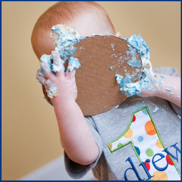 Cake Smash Photo Session Tips for baby's 1st birthday. via @iheartfaces