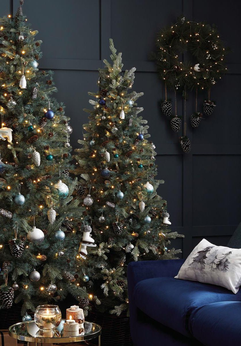 Take Inspiration From The Northern Lights And Decorate Your Christmas Tree With Beautiful Blue And Iri Types Of Christmas Trees Christmas Tree Tree Decorations