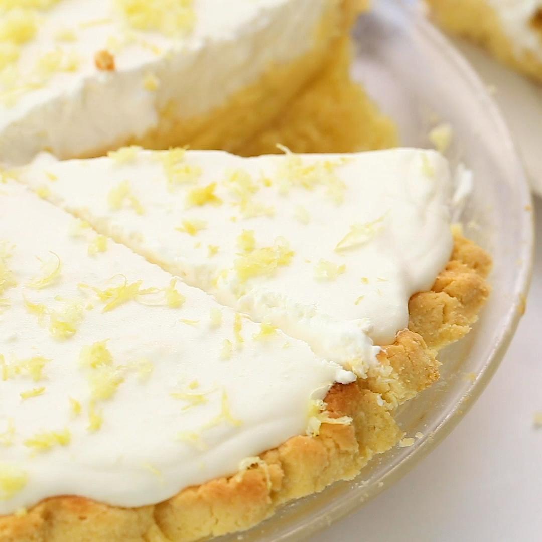 Sugar Free Keto Lemon Cream Pie