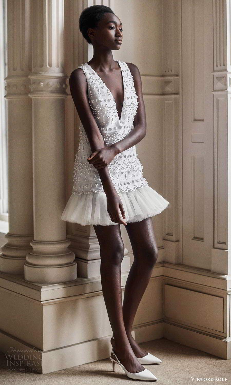 Viktor Rolf Mariage Spring 2021 Wedding Dresses Wedding Inspirasi Short Bridal Gown Short Wedding Dress Little White Dresses [ 1500 x 900 Pixel ]