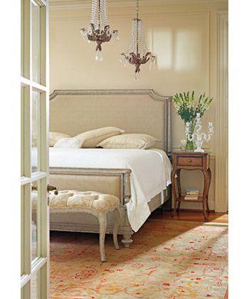 Stanley Furniture Arrondissement Palais Upholstered King