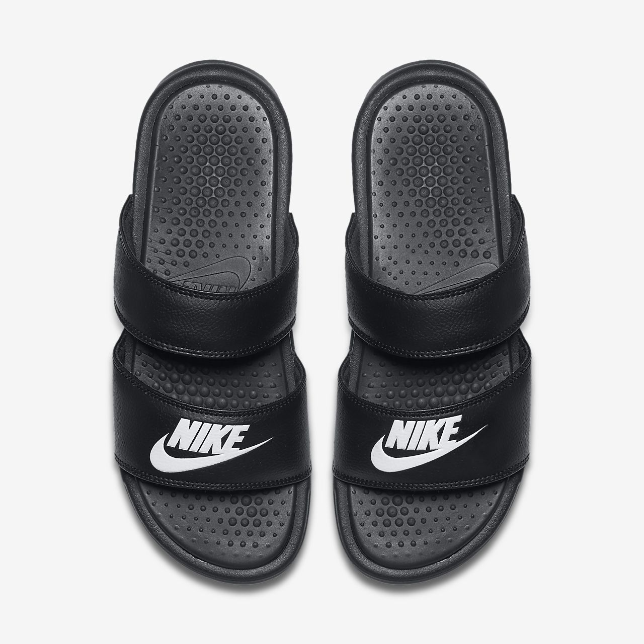 best sneakers 67b89 cca7e Shoes2   Shoes   Pinterest   Nike slippers, Bling nike shoes and Shoes