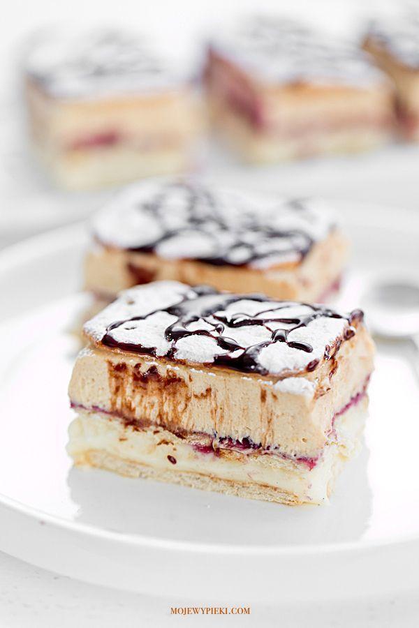 vanilla cream pudding with peanut butter cream and blackcurrant jam