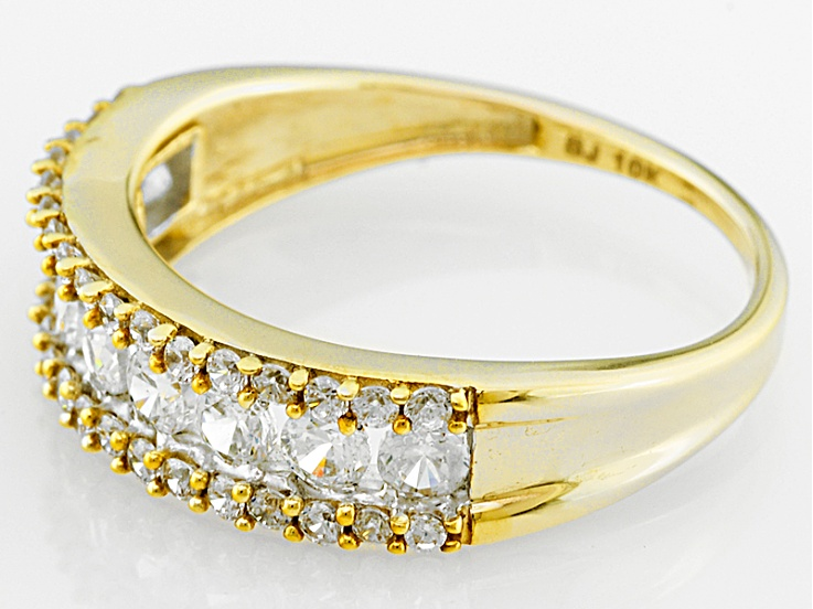 Pre Owned Cubic Zirconia 10k Yellow Gold Ring 1 78ctw 76ctw Dew Gold Rings Yellow Gold Rings Diamond Simulant