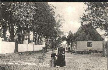 Kirkevej i Store Magleby 1885