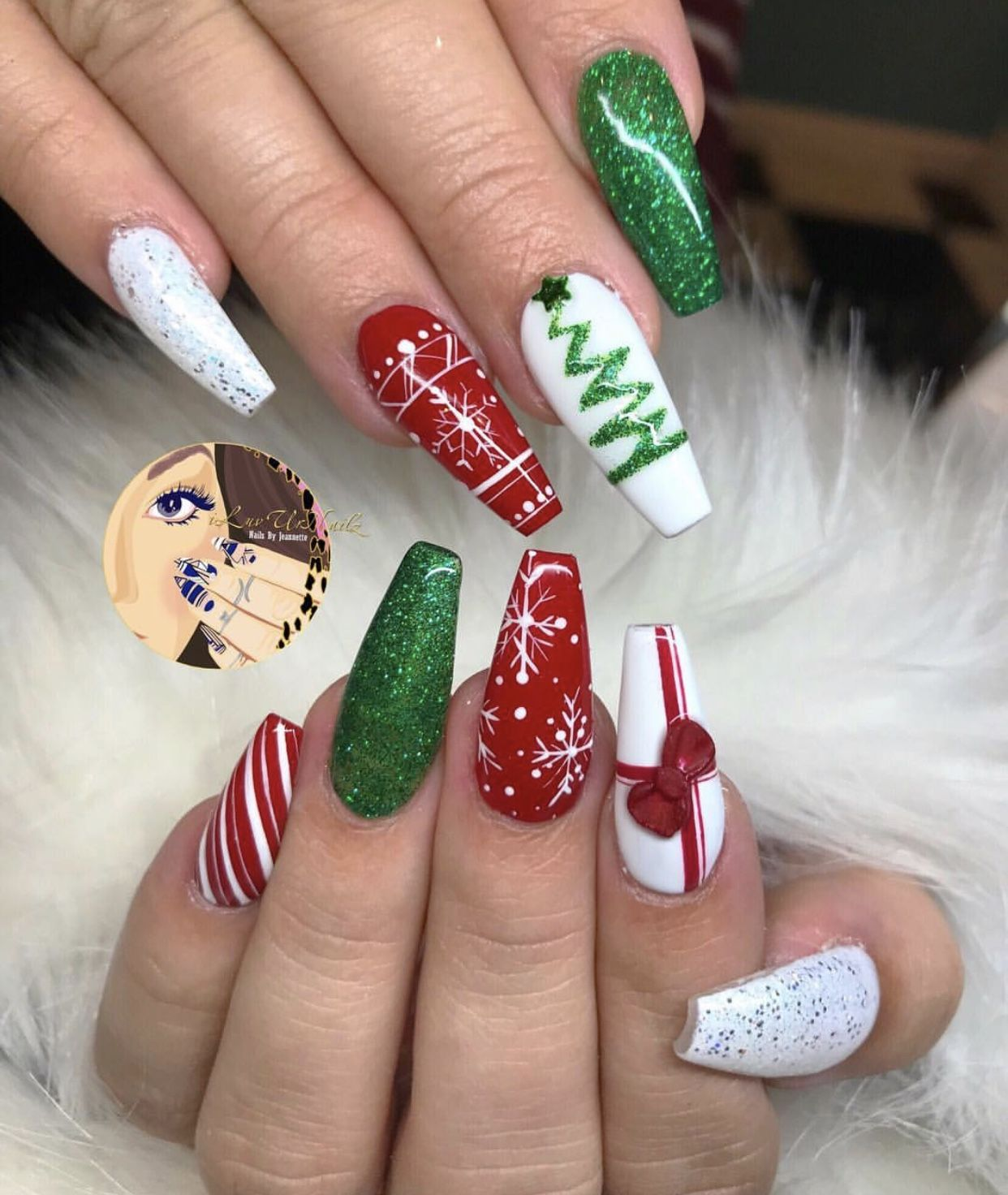 Pin by Heather Nicole on Nails Cute christmas nails, Red