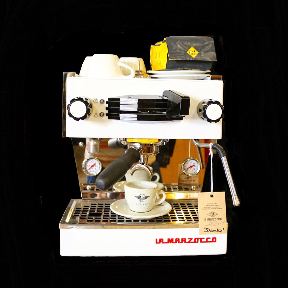 The La Marzocco Linea Mini Is Perfect For Someone You Love A Latte Coffeelove Cafemoto Sandiegocoffee S Espresso Bar Beste Kaffeemaschine Kaffeemaschine