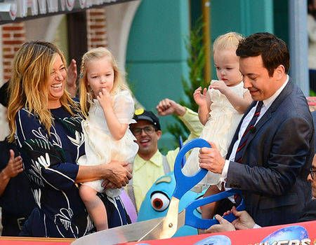 Jimmy Fallon's Daughters Winnie and Frances Steal the Show ...