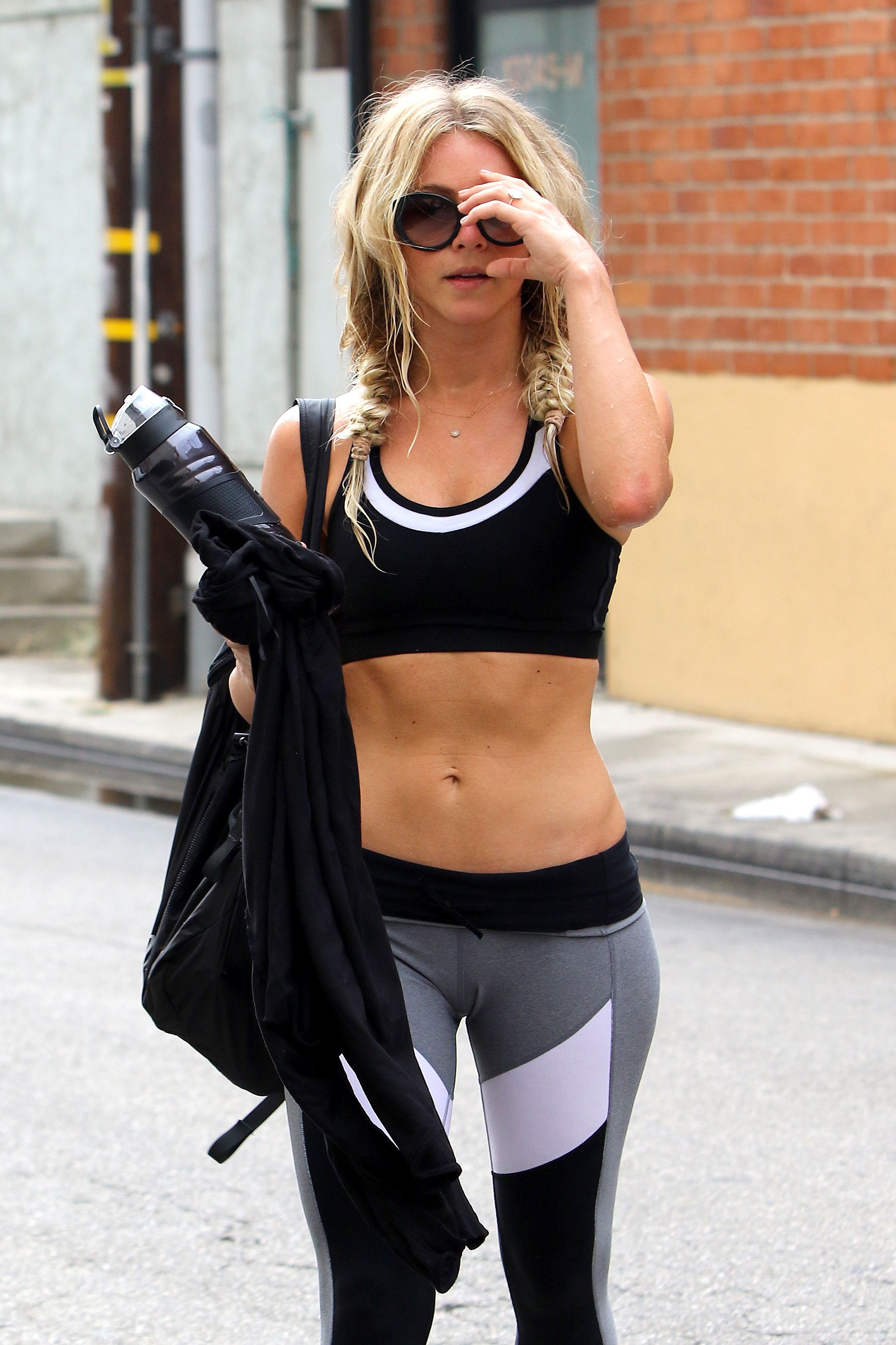 Julianne hough in workout gear studio city nude (13 images)
