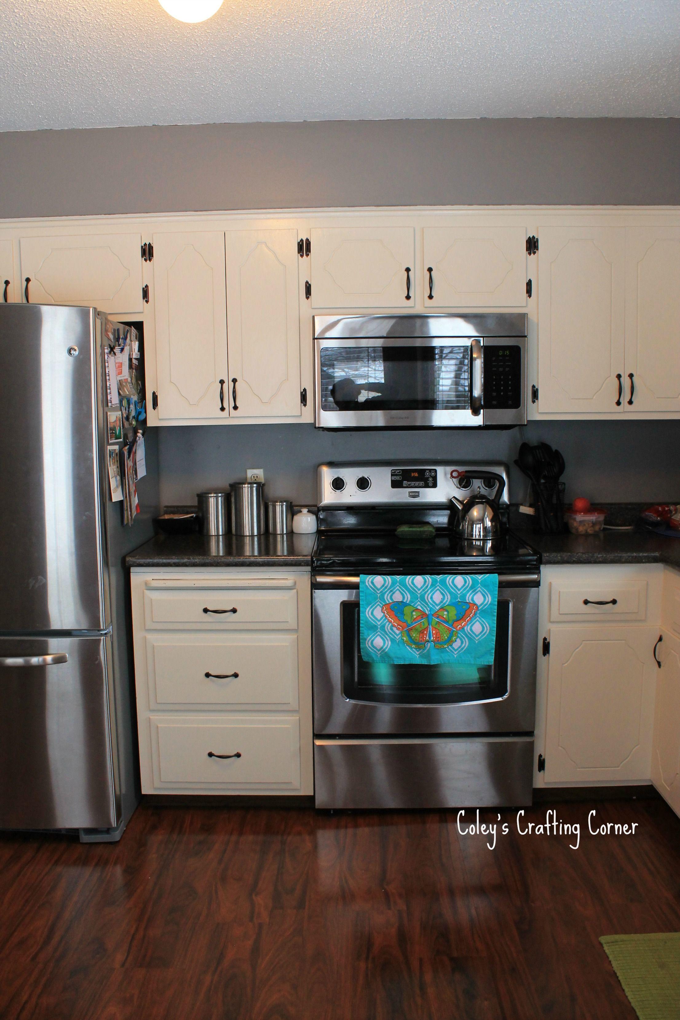 Grey Kitchen With White Cabinets Best Kitchen Cabinets Espresso Kitchen Cabinets Kitchen