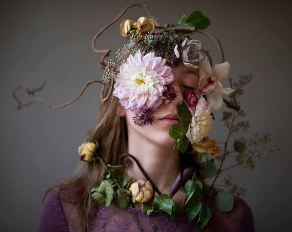 Концептуальность фото с цветами
