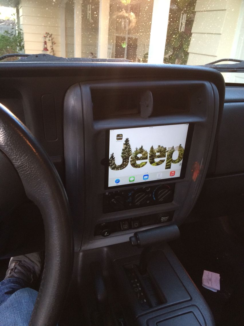 Ipad install in Jeep XJ dash