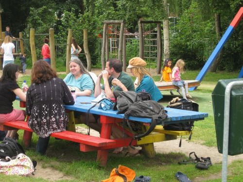 Always Learning Live Unschooling Symposium / june 29th Leiden (article in dutch - Symposium in english