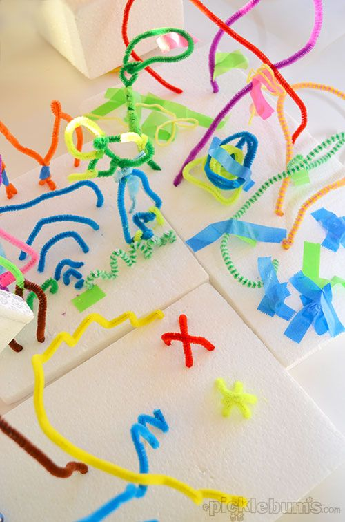 3D Foam and Pipe Cleaner Sculptures #kids #kidsart
