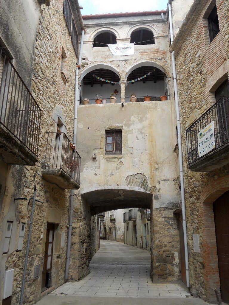Sant Sadurní De L Heura Carrer Major Girona Catalonia España Viajes Paises