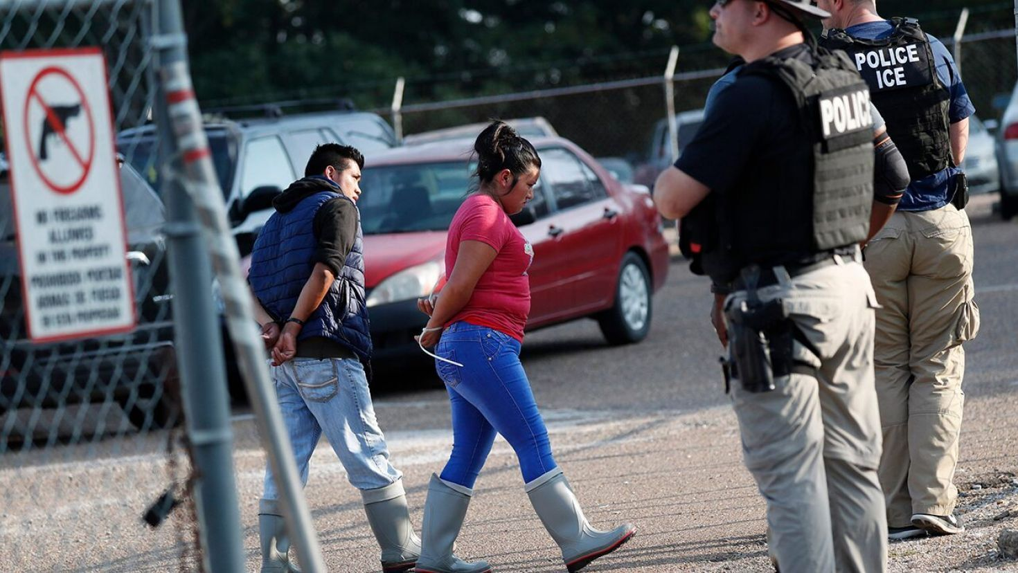 ICE raids on Mississippi food processing plants result in