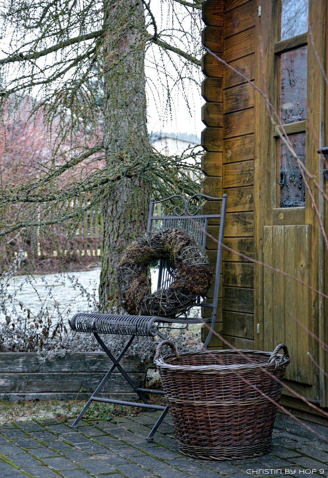 Über\'n Gartenzaun geschaut zu Marina, Außendekoration im Winter ...