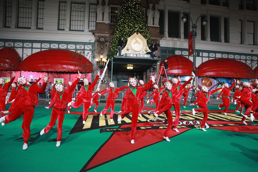 86th Anniversary Macy's Thanksgiving Day Parade Rehearsals - Day 2 - Pictures - Zimbio