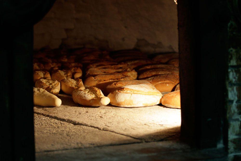 La tradición panadera de Alfacar (Granada) se remonta al siglo XVII y se mantiene en la actualidad / The baker's tradition in Alfacar (Granada) goes back to the seventeenth century and continues today