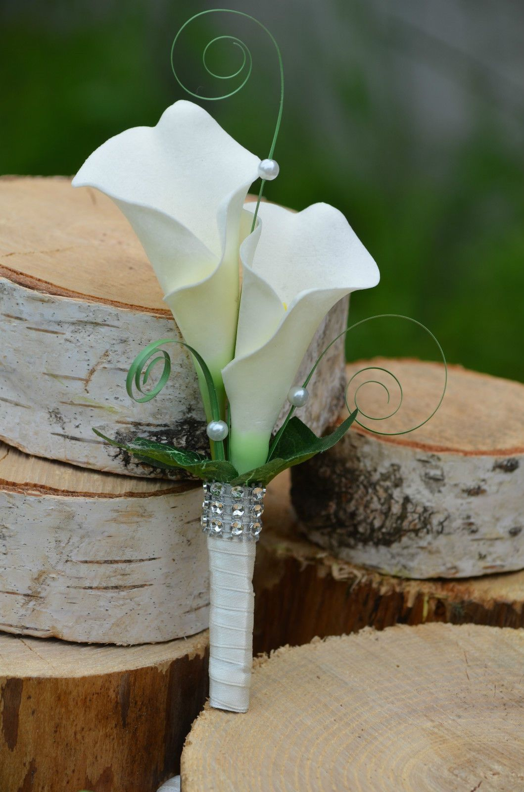 Elegant and Beautiful Calla Lilies Wedding Bouquets