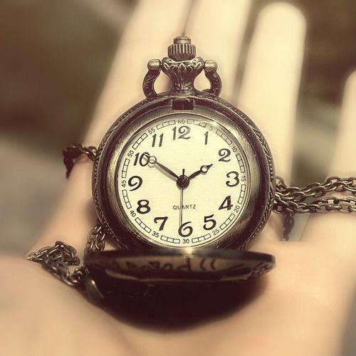 Vintage Clock Tumblr C