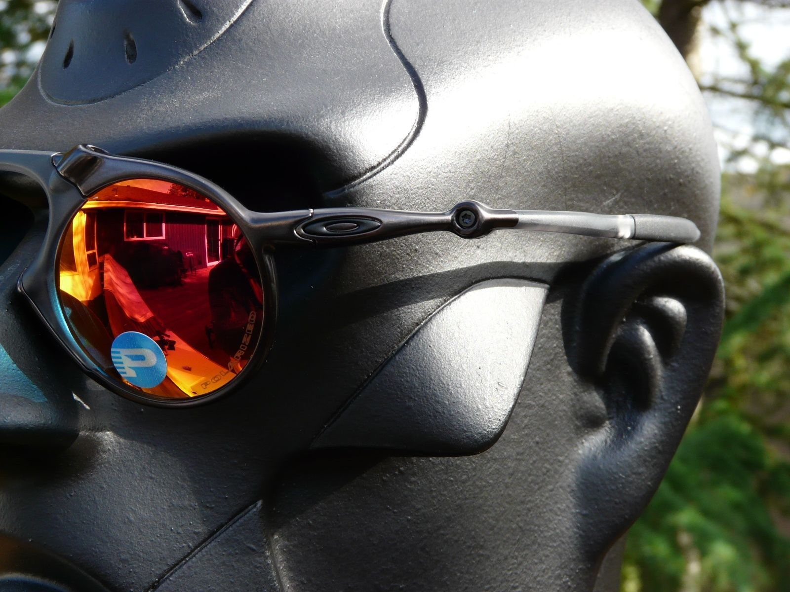 a3cce6b5422fd OAKLEY MADMAN Sunglasses Dark Carbon   Ruby Iridium Polarized OO6019-04