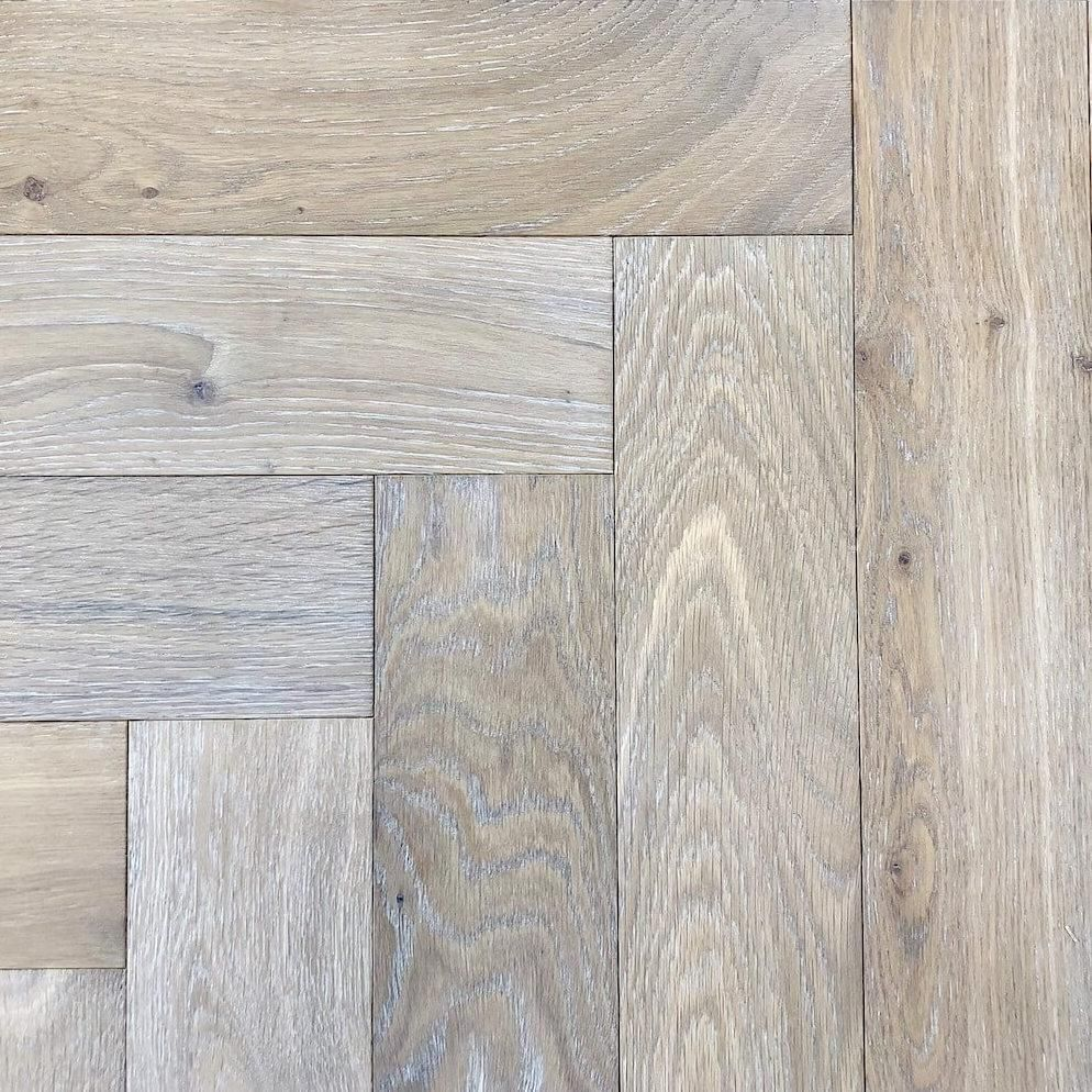 Light Cobble Grey Oak Herringbone Parquet In 2020 Grey Oak Light Grey Oak Flooring Gray Oak Floor