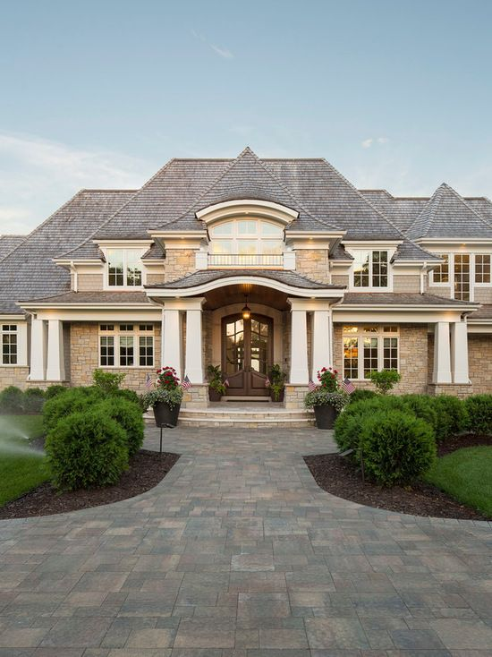 Home Exterior Design 5 Ideas 31 Pictures: Expansive And Large Lake House Two-Story And Three