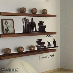 Seinäkoriste, Books
