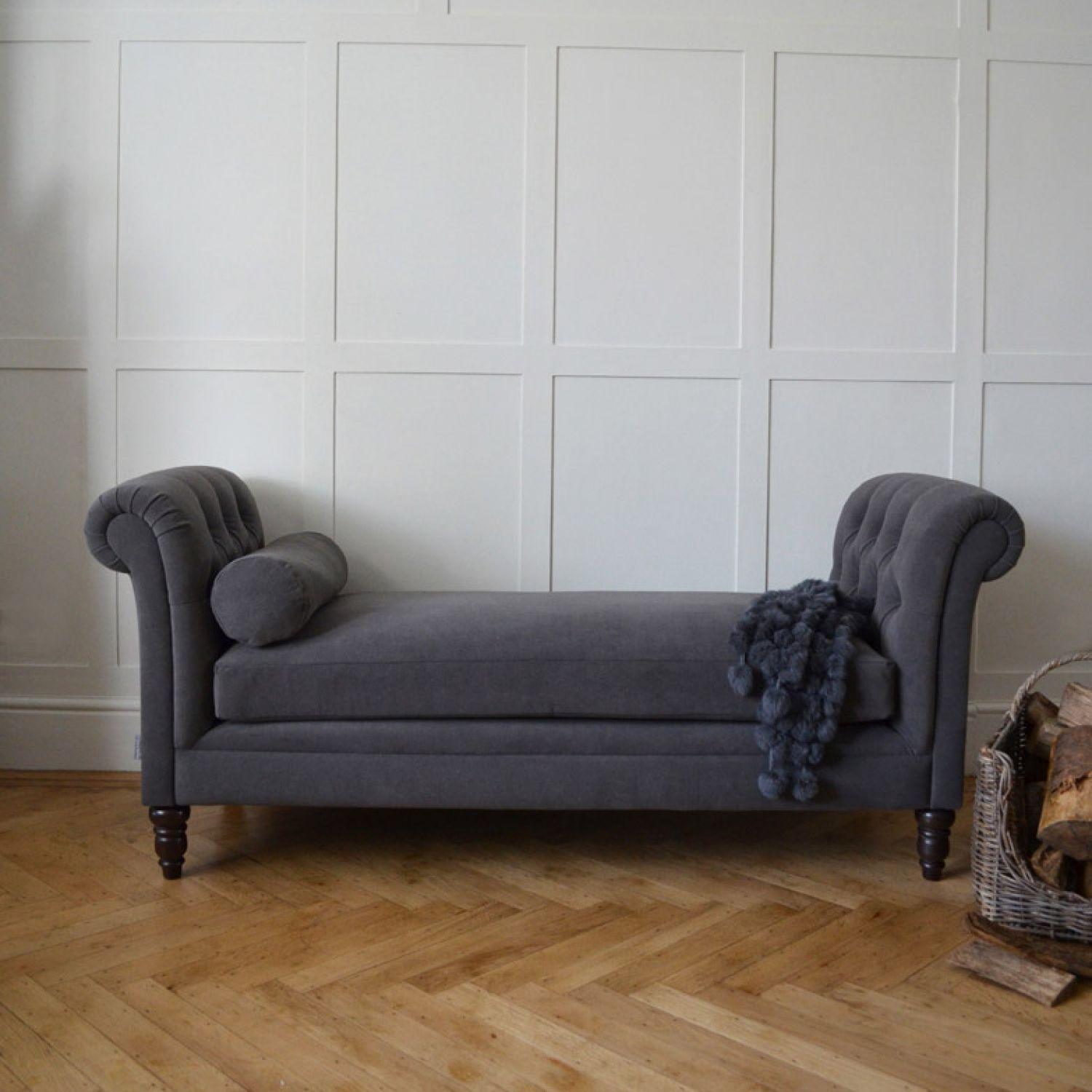 The Hunter Chaise Longue