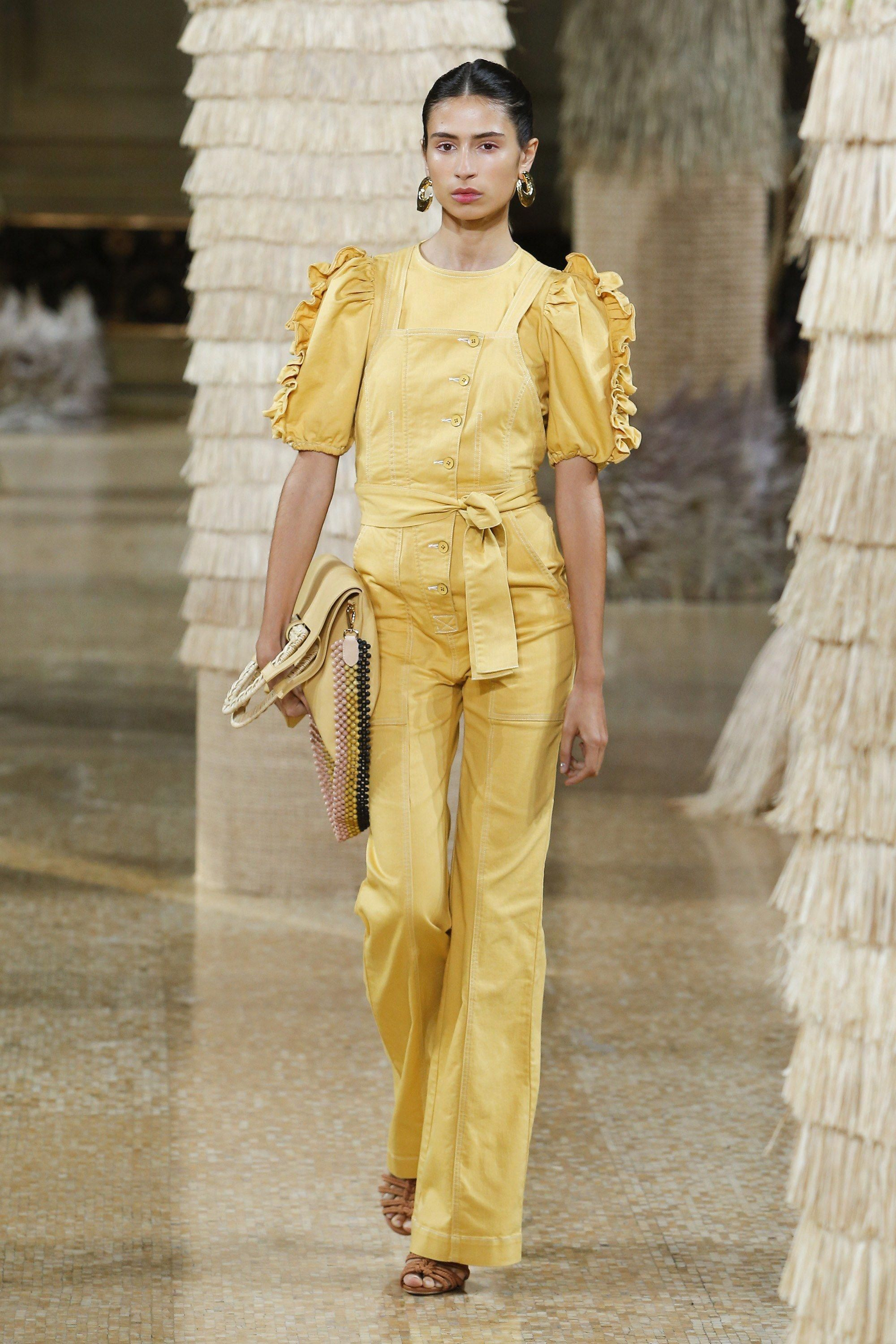 b9e696f643a Ulla Johnson Spring 2019 Ready-to-Wear Collection - Vogue   summerfashiontrends