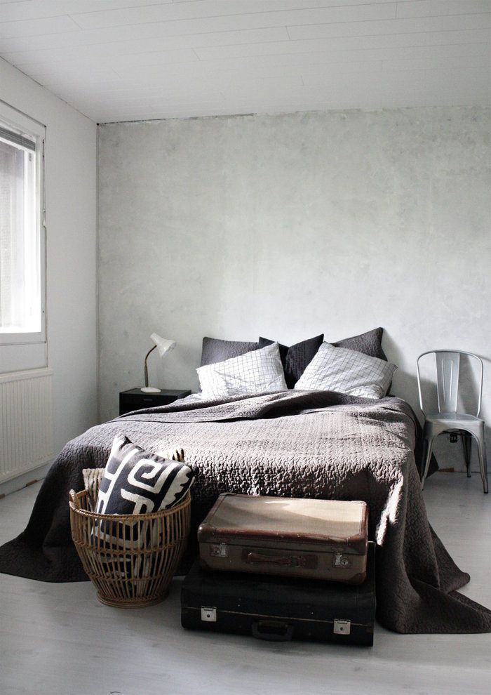Amazing, I want my bedroom like this! The texture, colours, the tollix chair and the basket.
