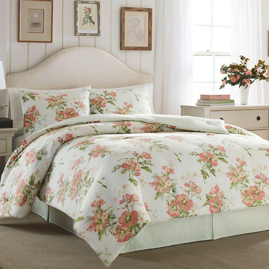 #LauraAshley Spencer Apricot Comforter Set. #BeddingStyle #spring #floral #bedding #bed #bedroom #flowers