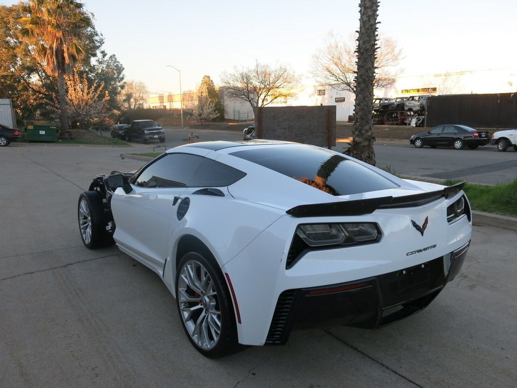 Ebay 2016 Chevrolet Corvette Z06 Coupe 2 Door 2016 Chevy Corvette Z06 Z 06 Damaged Wrecked Rebuildable Salvage Lo Chevrolet Corvette Z06 Corvette Z06 Corvette