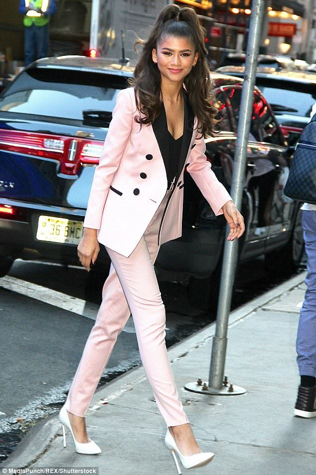 Zendaya oozes vintage glam in pink jacket and matching cigarette ...