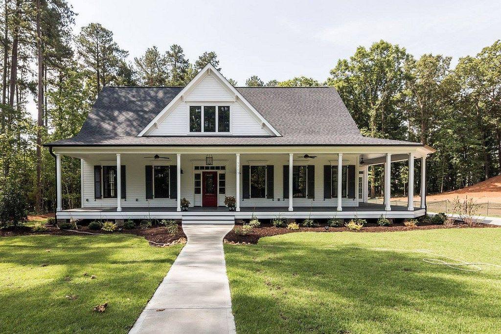 Https Flic Kr P Hfzyhp Southern Living Farmhouse Revival Plan No 1821 Black And White Farmhouse Farmhouse Style House House Plans Farmhouse House Exterior